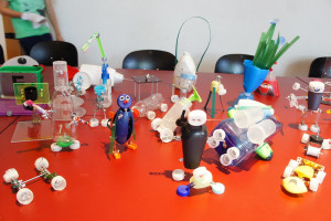 Alles Plastik oder was? (Foto: Mifactori, CCBY 2.0)